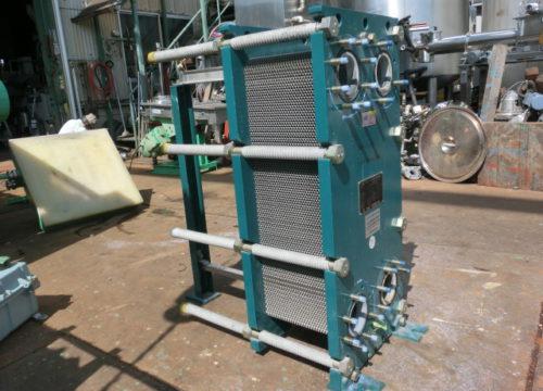 HX-3 プレート式熱交換機